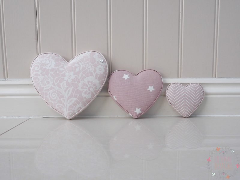Fabric Heart Sets, handmade to order! If you have any questions, or need any help with fabrics, please don't hesitate to get in touch! Thank you for supporting our small business 🖤 Samantha & Jaine - Lilymae Designs x