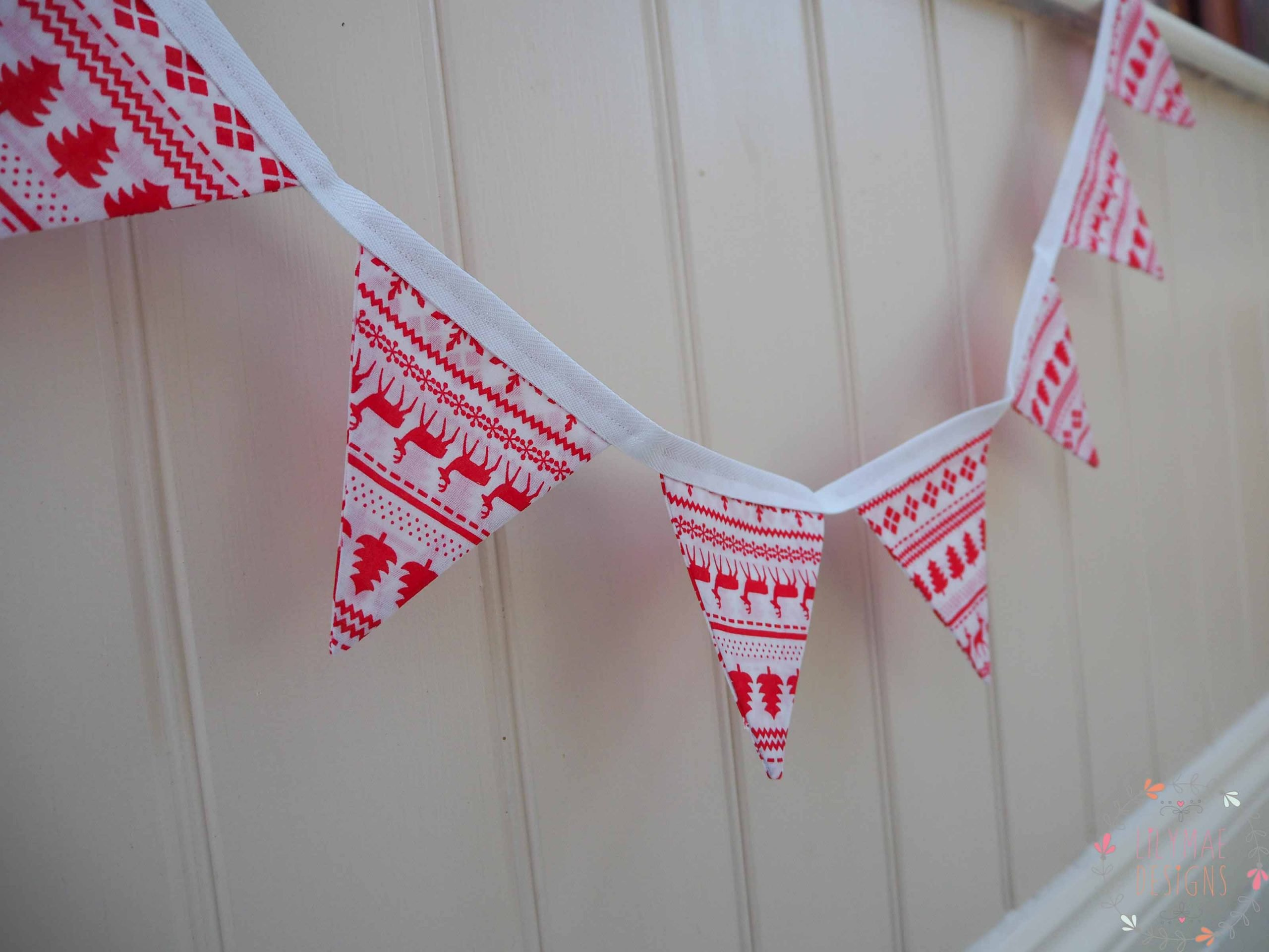 Red & White Christmas Bunting